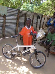 omar en fiets